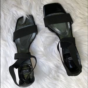 STUART WEITZMAN BLACK STRAPPY SANDALS SIZE 7.5